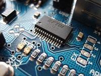 200px-Arduino_ftdi_chip-1